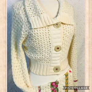 Free People Sweaters - free people knit sweater chop embroidering flowers